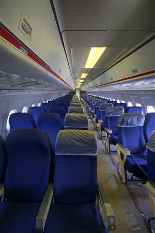 כסאות ישיבה במטוס נוסעים