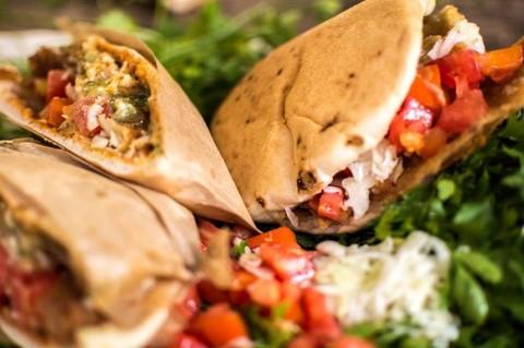 סיור אוכל רחוב בתל אביב