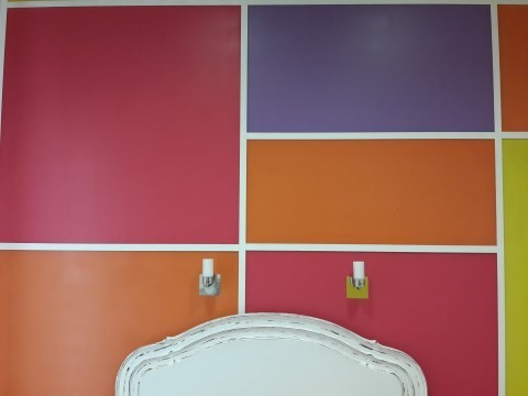 """קיר מעוצב במלון """"וולקום"""" ליסבון - כמעט מגניב"""