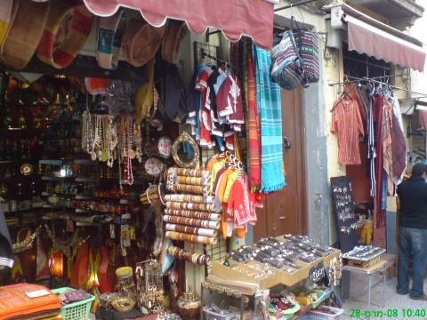 חנות לקיטש מצפון-אפריקה. צילום אביטל ענבר
