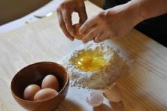 שיעור בישול וארוחת צהריים בבית חווה טוסקני עם סיור בשוק המקומי מפירנצה