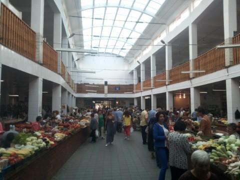 השוק המרכזי באז'הורוד - צילום נועה הראל