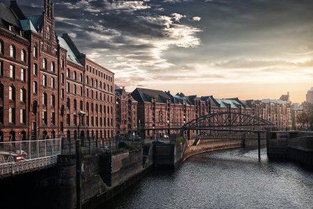 מסלול טיול של שמונה ימים מהמבורג לאמסטרדם