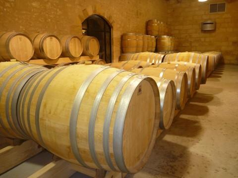 סיור יין בקבוצה קטנה לסנט-אמיליון ופומרול מבורדו