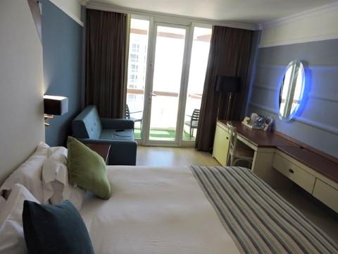 מלון הרודס תל אביב. תחליטו אתם אם כדאי?