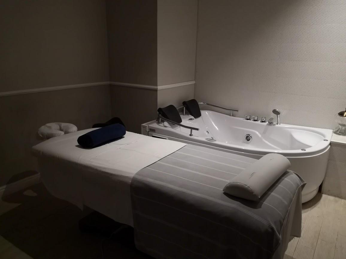 חופשה רומנטית יוקרתית ומלכותית במלון מגדלי דוד