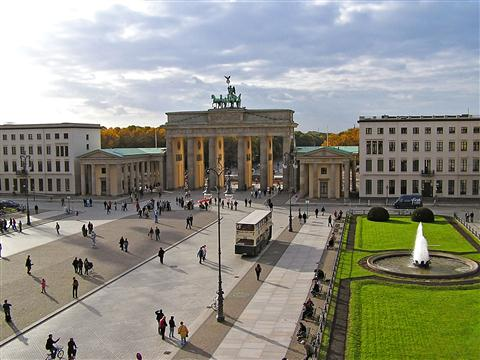 שער ברדנבורג במיטה ברלין