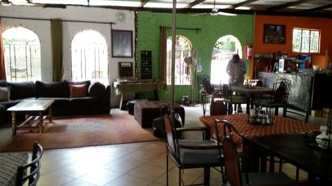 מסעדת המוטל Zigzag Town Lodge