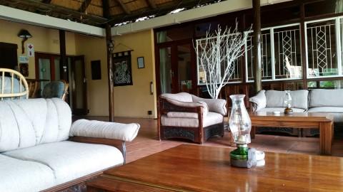 """Sunbird Lodge - בית הארחה מקסים וביתי ב""""שער הכניסה לקרוגר"""""""