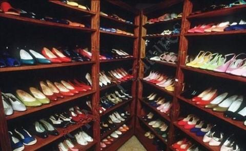 חלק מאוסף הנעליים של אימלדה מרקוס