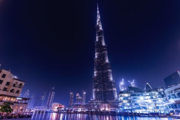 איך לחסוך זמן וכסף לתצפית של מגדל הבורג' חליפה בדובאי?