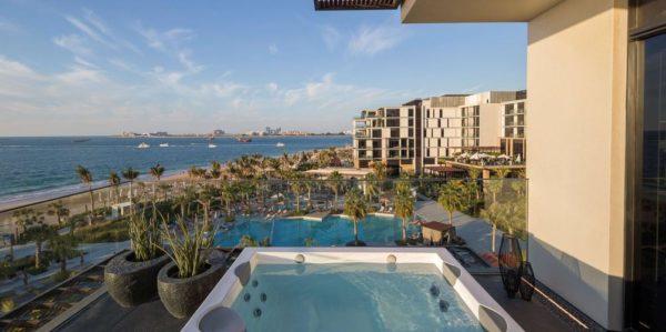 חוות דעת על מלון ארמון הקיסר בלוואטרס דובאי Caesars Palace Bluewaters Dubai