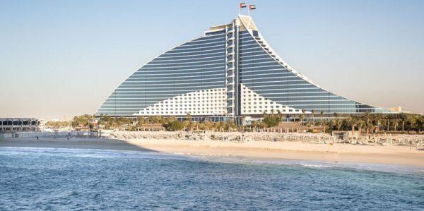 חוות דעת על מלון ג'ומיירה ביץ' הוטל דובאי Jumeirah Beach Hotel
