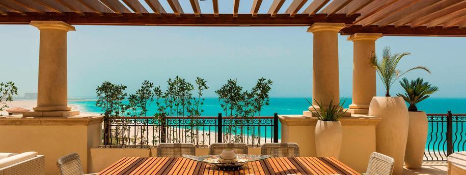 חוות דעת על אתר הנופש סנט רגיס באי סאאדיאת The St. Regis Saadiyat Island Resort