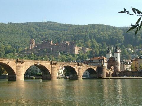 מבט לטירת הידלברג . צילום חופשי מויקיפדיה de:Benutzer:Ackerboy
