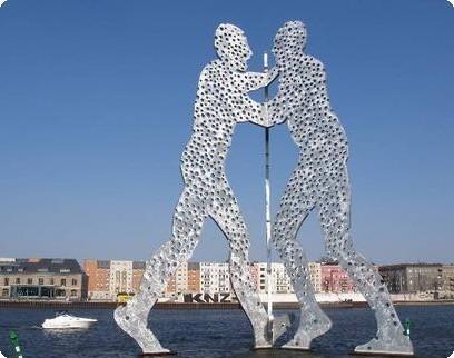 פסל האדם המולקולרי
